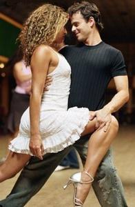 Современный парный танец Хастл.